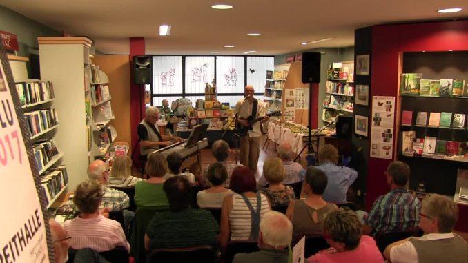 Andreas Puhl und Bernd Michael Sommer in musikalischer Aktion
